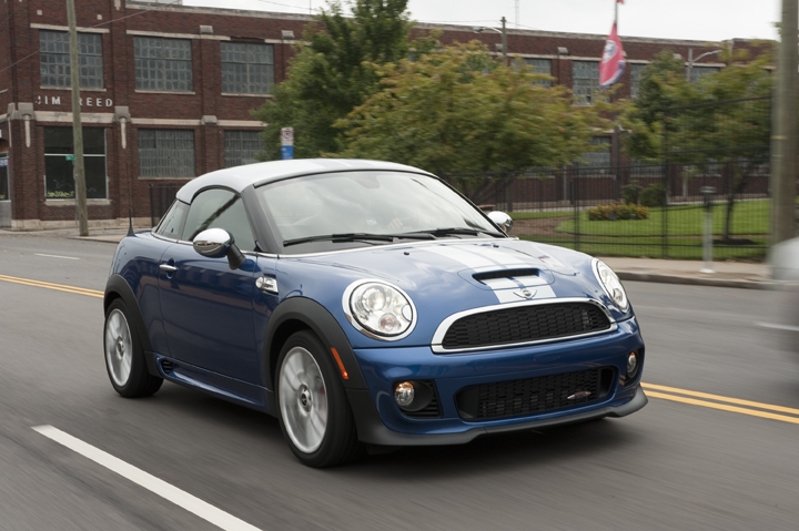 60 Second Test Drive: 2012 MINI Coupe (video)
