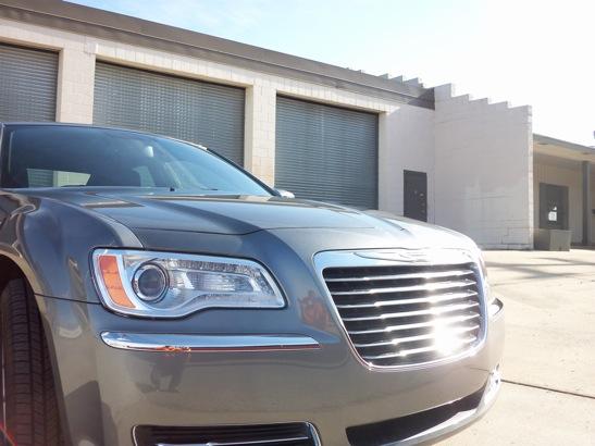 6 SPEED TEST DRIVE: 2012 Chrysler 300