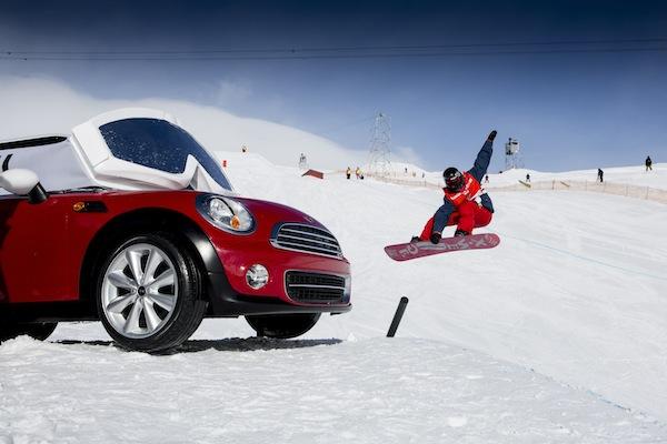 MINI Cooper Hits The Slopes!