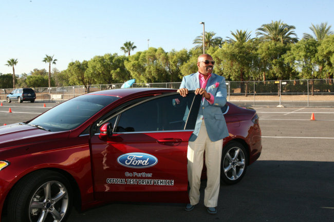 GALLERY: Ford Gives Big With Steve Harvey